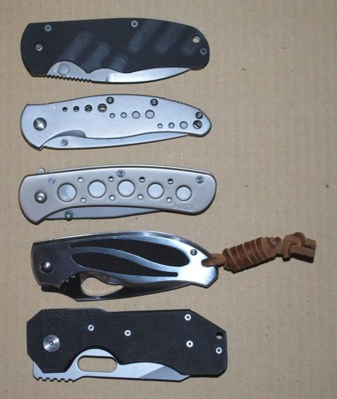 сложенные ножи
