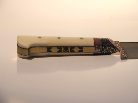 костяные накладки и отделка рукояти пчака