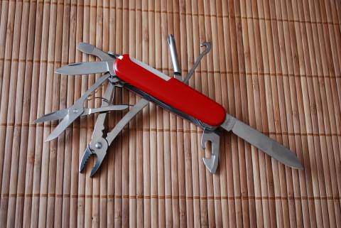 основные инструменты ножа Deluxe Tinker