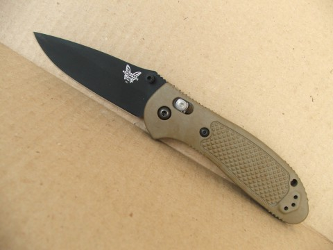 BM551BKSN с бабочкой на клинке