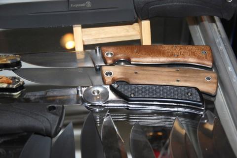 складной нож Стерх производства Кизляр