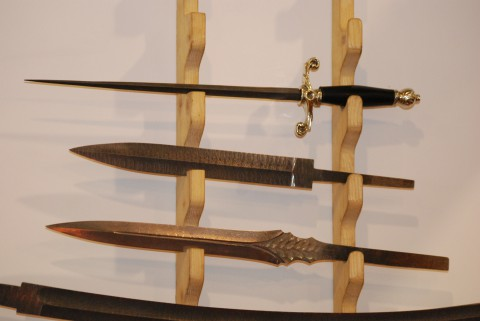 клинки коротких мечей и кортик