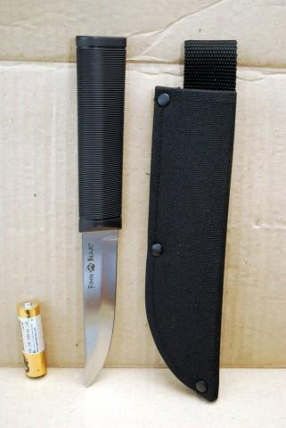 финский нож с пластиковой рукояткой
