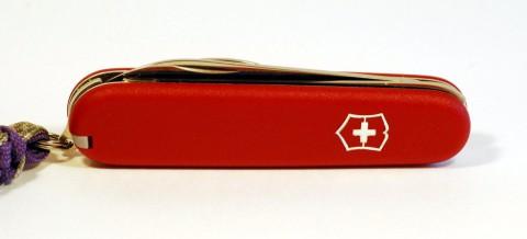 швейцарский нож длиной 84 мм
