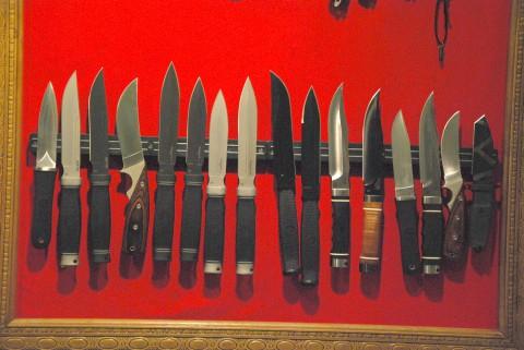 тактические ножи и кинжалы SOG