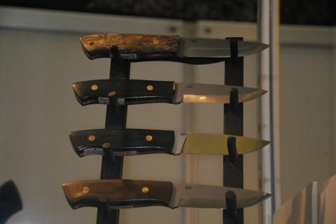 короткие маневренные универсальные ножи