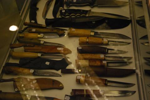 финские леуку и пууко на выставке ножей