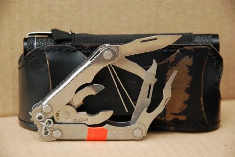 контрастное фото инструментов
