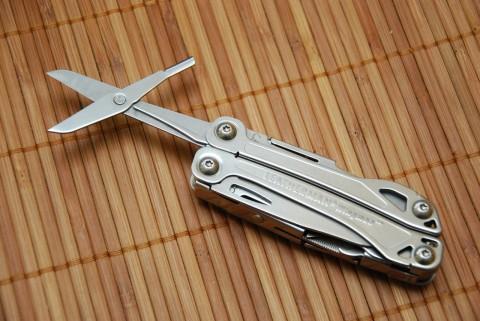 большие ножницы с мощной пружиной