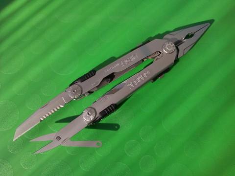 шило-полусеррейтор и мощные ножницы