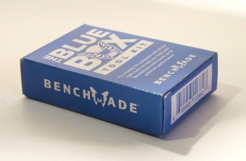 синяя коробка