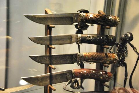украшенные ножи