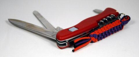 темляк из паракорда на ноже Викторинокс 111 мм