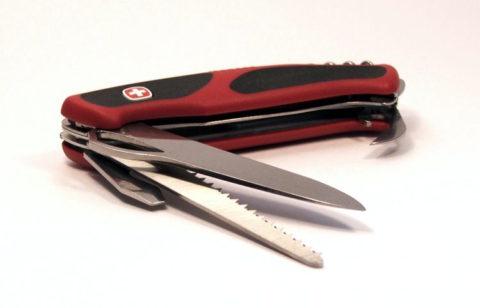 Швейцарский складной нож Wenger Ranger Grip 79